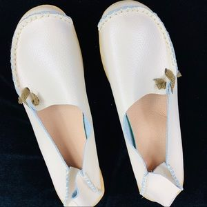 Shoes - Cream Colored Leather Rubber Sole size 42